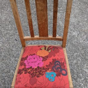 CHAIR, DINING/ KITCHEN, UPHOLSTERED SEAT